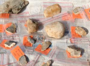 Les milliers de pierres répertoriés une à une