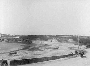 La Plage du Loch Primelin (avec vu sur Plogoff) en 1925
