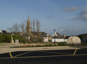 Place Taverny - Plogoff