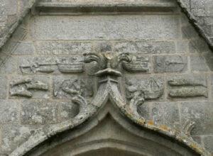 Bateau de pierre - Eglise de Confort Meilars