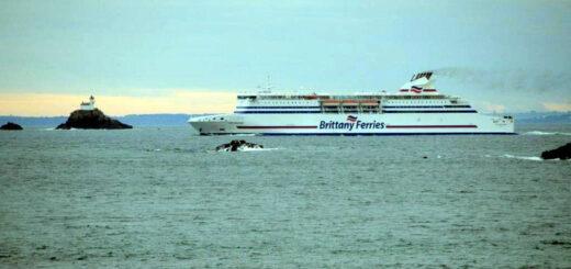 Le Cap-Finistère passe le Raz de Sein