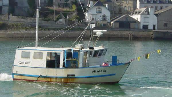 Cours Après, bateau de pêche du port d'Audierne