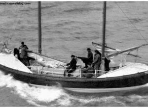 La première mise à l'eau du bateau CV de KERROS fut réalisée à la mi-septembre 1936 au CNN de Fécamp